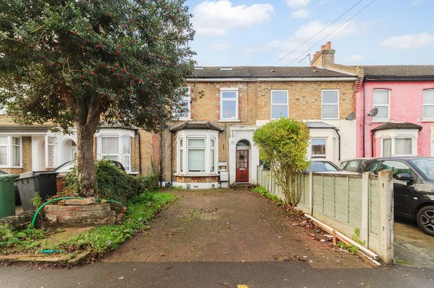 Thumbnail Flat for sale in Colworth Road, Leytonstone