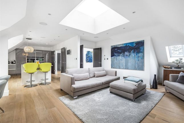 Thumbnail Flat for sale in Bradmore Way, Brookmans Park Hatfield