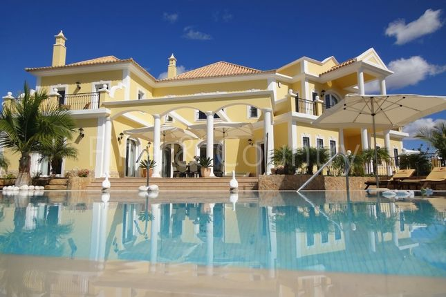 Thumbnail Villa for sale in Marina De Vilamoura, 8125-507 Quarteira, Portugal