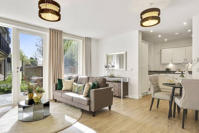 Thumbnail Flat for sale in Cheviot Gardens, West Norwood
