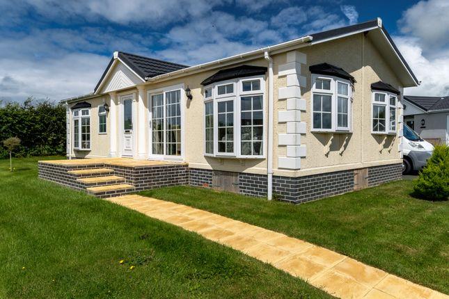 2 Bedroom Mobile Park Home For Sale 44416752 Primelocation
