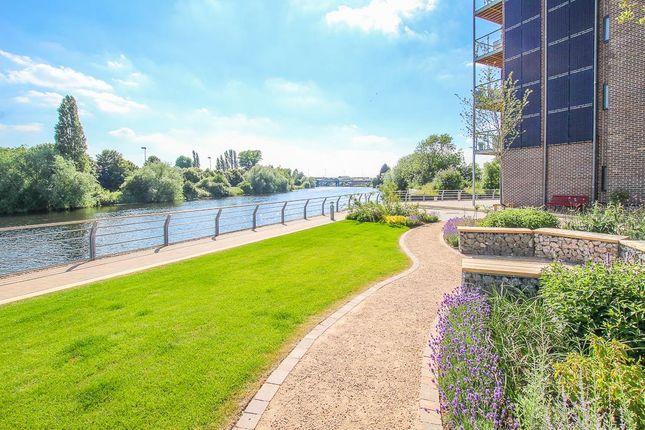 Green Area of Portside Street, Nottingham NG2