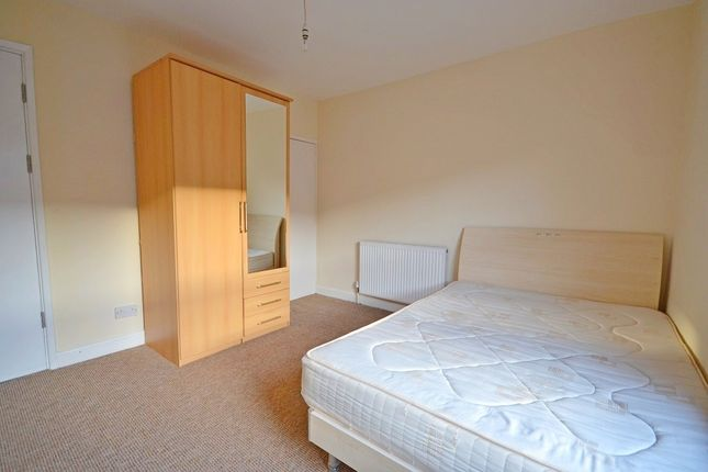 Thumbnail Room to rent in Hollis Road, Stoke, Coventry