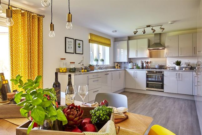 Thumbnail Link-detached house for sale in Harts Hall Place, East Grinstead, Surrey