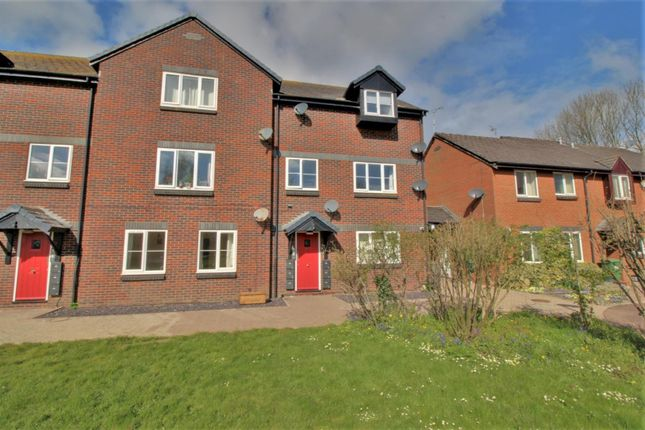 1 bed flat to rent in Boakes Drive, Stonehouse GL10