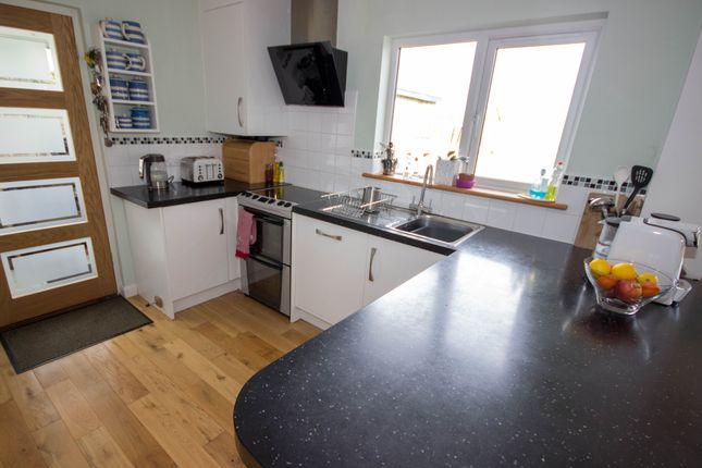 Kitchen of Alverstone Road, East Cowes PO32