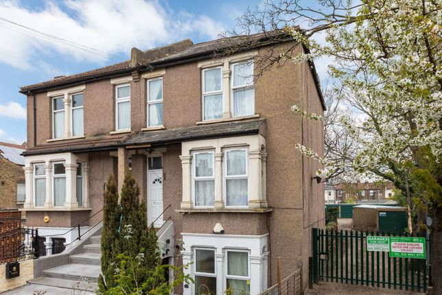 Thumbnail Flat for sale in Connaught Road, Ilford