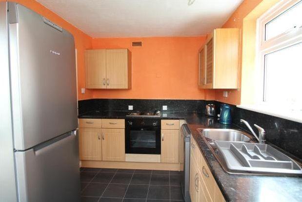Thumbnail Flat to rent in Westgate Road, Beckenham