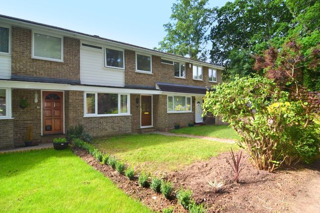 Thumbnail Terraced house to rent in Oakwood Drive, Southampton