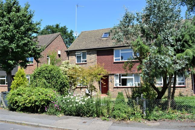 Thumbnail Maisonette for sale in Spiceall, Compton