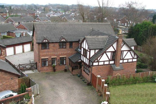 Thumbnail Detached house for sale in Parr Fold, Bury