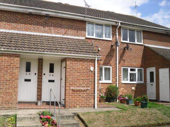 Thumbnail Flat to rent in Ealham Close, Willesborough, Ashford, Kent