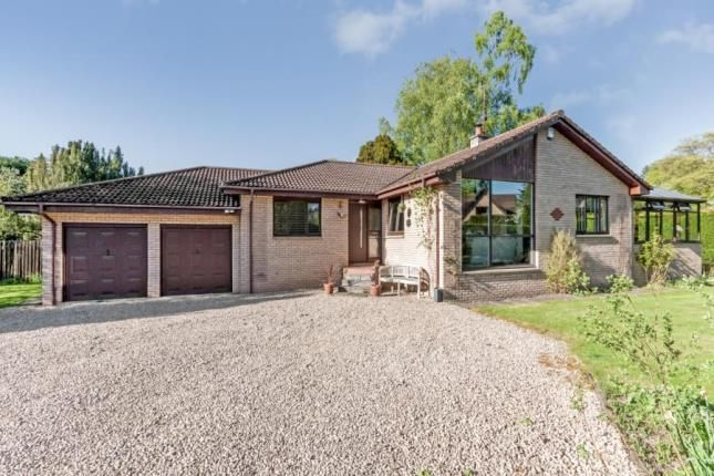Thumbnail Bungalow for sale in Deanston Gardens, Doune, Stirlingshire