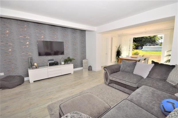 Living Room of Madagascar Close, Exmouth, Devon EX8