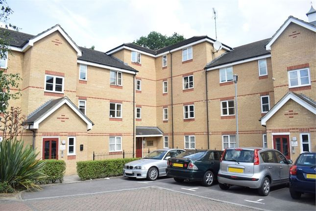 Thumbnail Flat for sale in Fernwood Court, 5 Pickard Close, London