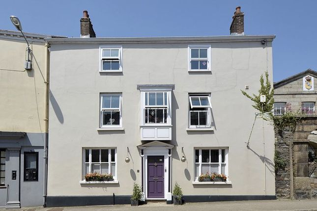 Thumbnail Terraced house for sale in Queen Street, Lostwithiel