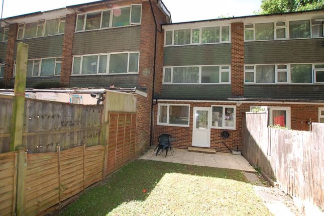 Photo 10 of Rookwood Close, Grays RM17