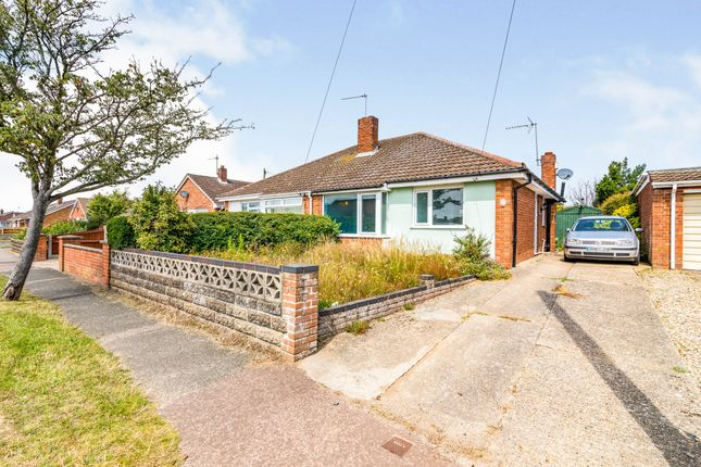 2 bed bungalow for sale in Bradwell, Great Yarmouth, Norfolk NR31