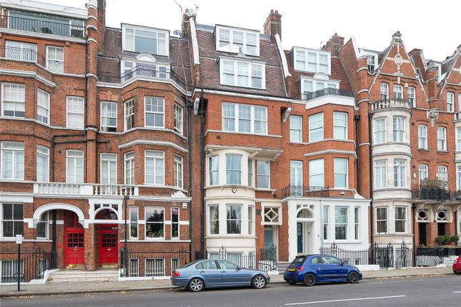 Thumbnail Terraced house for sale in Cheyne Place, Chelsea, London