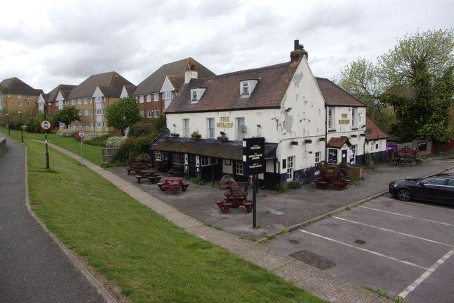 Thumbnail Pub/bar to let in Wharf Road South, Grays