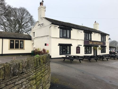 Thumbnail Pub/bar for sale in Tong Village, Bradford, West Yorkshire