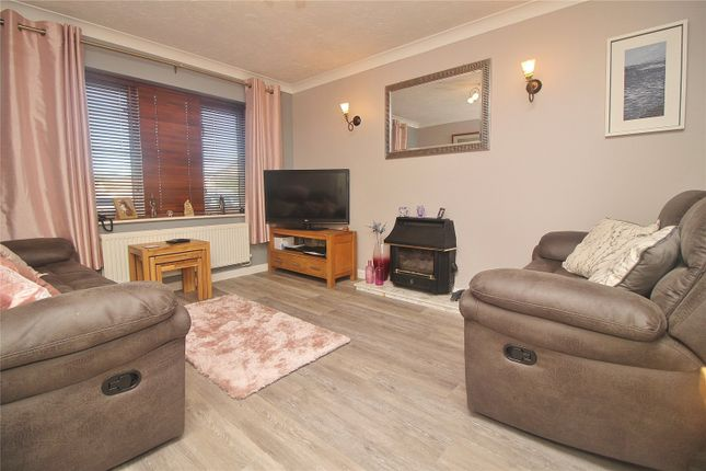 Picture 5 of Wester-Moor Drive, Roundswell, Barnstaple EX31
