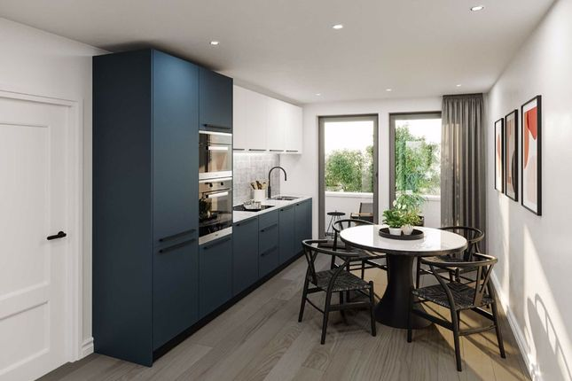 Thumbnail Flat for sale in Littleworth Road, Esher