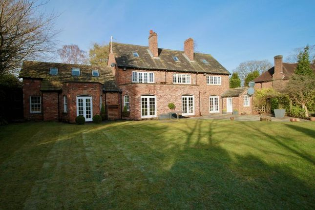 Thumbnail Detached house to rent in Hough Lane, Wilmslow