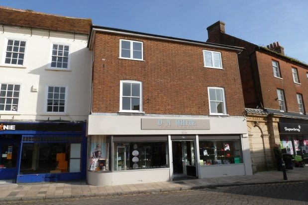 Thumbnail Flat to rent in Market Place, Romsey