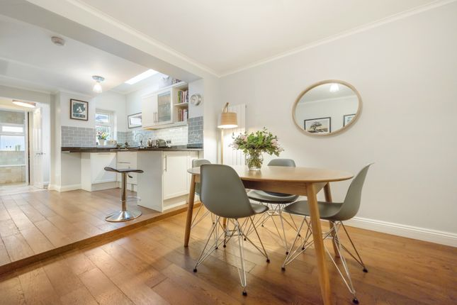 Thumbnail Cottage for sale in Lorne Road, Richmond