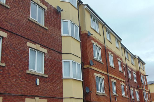 Flat for sale in Cambridge Court, Tindale Crescent, Bishop Auckland