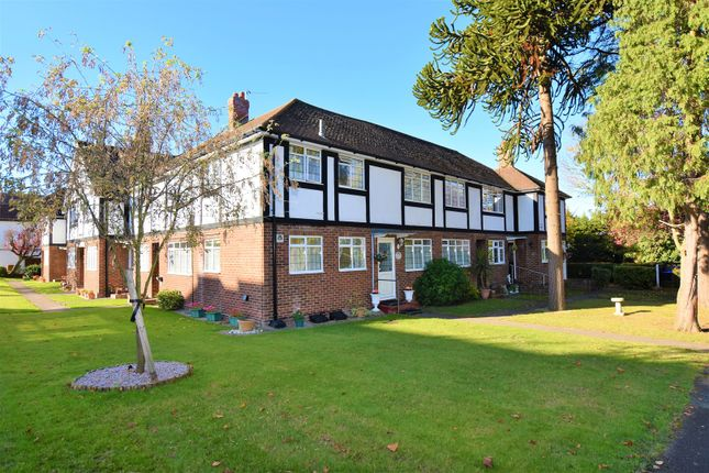 Thumbnail Flat for sale in Overton Road, Sutton