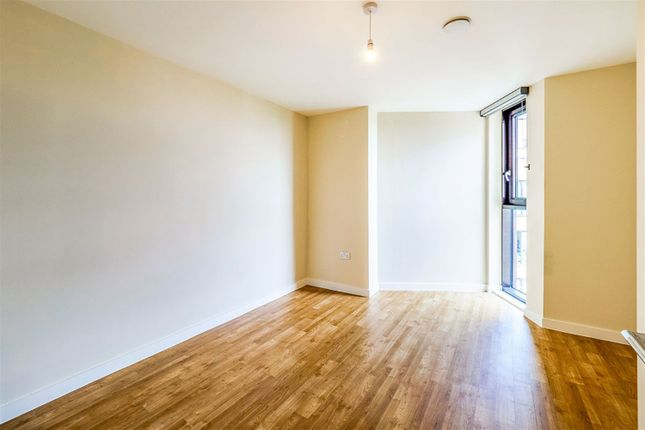 Thumbnail Flat to rent in St. Andrews Road, Uxbridge