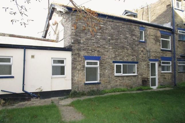 Thumbnail Terraced house to rent in Park Road, Lowestoft