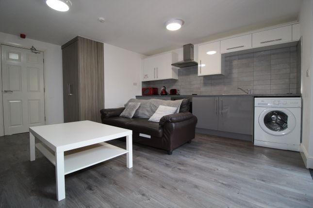 Thumbnail Flat to rent in Marsh Lane, Preston