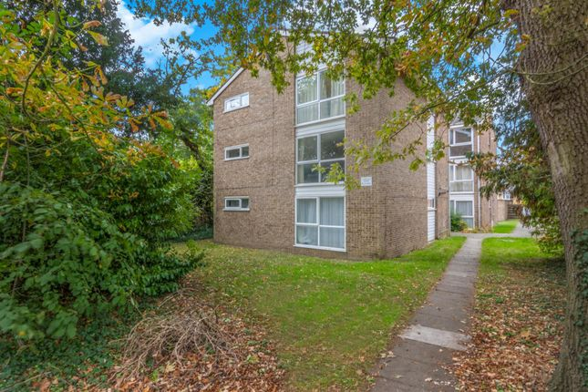 Thumbnail Studio for sale in Capstan Ride, The Ridgeway, Enfield