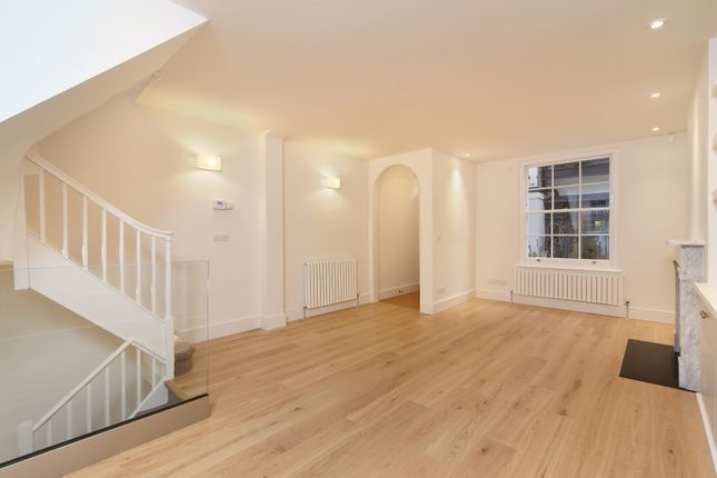 Thumbnail Property to rent in Kinnerton Place South, London