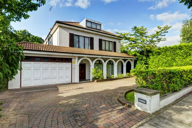 Thumbnail Detached house to rent in Neville Drive, Hampstead Garden Suburb