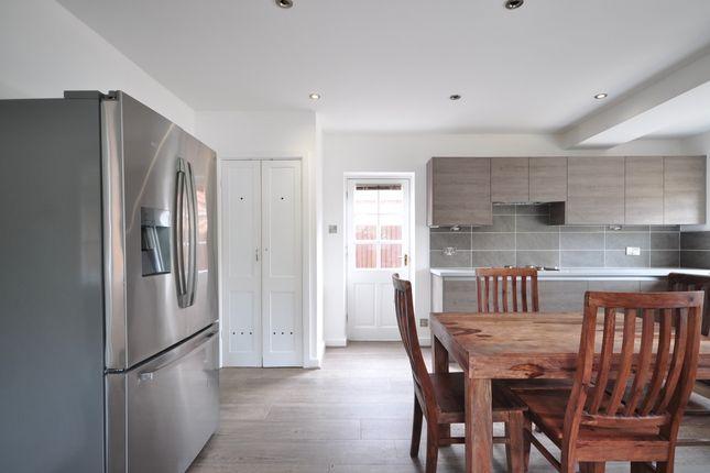 Kitchen(3) of Langham Road, Robertsbridge TN32