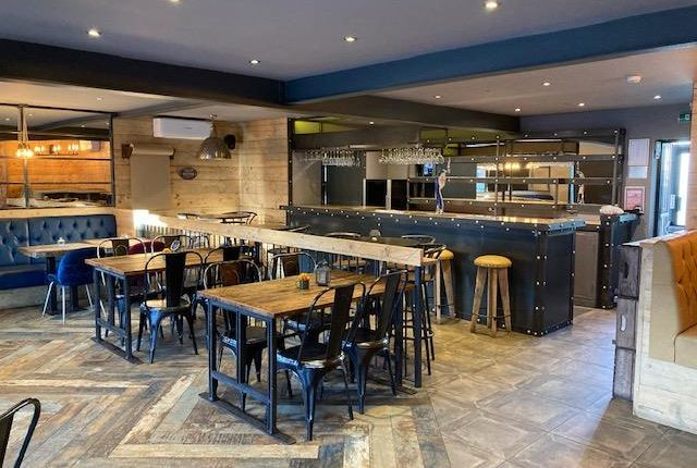 Thumbnail Restaurant/cafe to let in 7 High Street, Hatfield, Doncaster, South Yorkshire