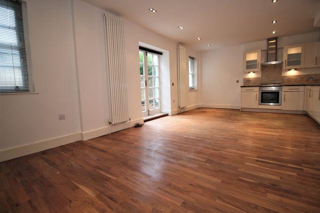 Thumbnail Flat to rent in Tiverton Road, London
