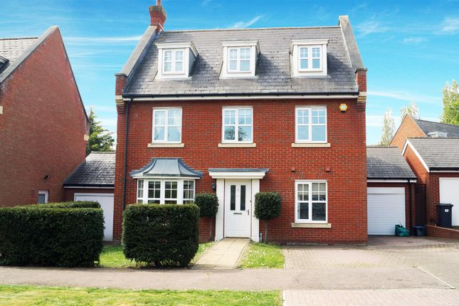 5 bed detached house for sale in Hazel Lane, Ilford IG6