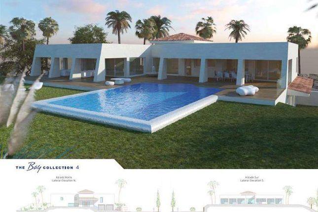 Thumbnail Villa for sale in Benalmádena, Benalmádena, Spain