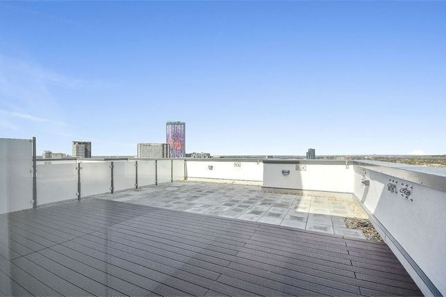 Thumbnail Flat to rent in Santina Apartments, Cherry Orchard Road, Croydon, Surrey