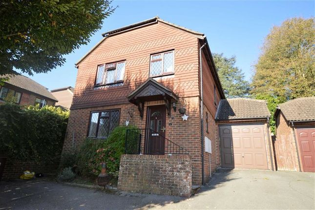 Thumbnail Detached house to rent in Oliver Close, Crowborough