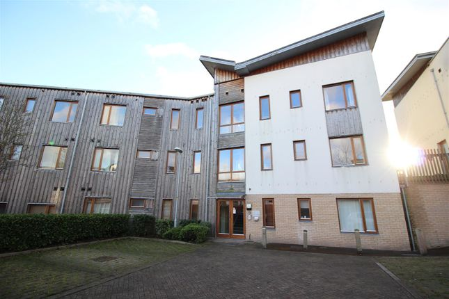 Thumbnail Flat for sale in Great Mead, Chippenham