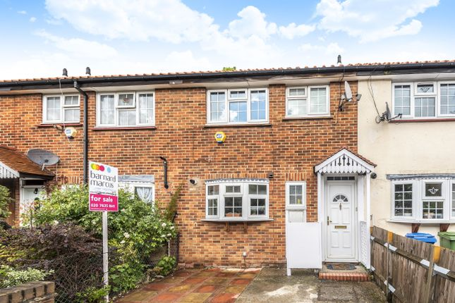 Thumbnail Terraced house for sale in Drovers Place, London