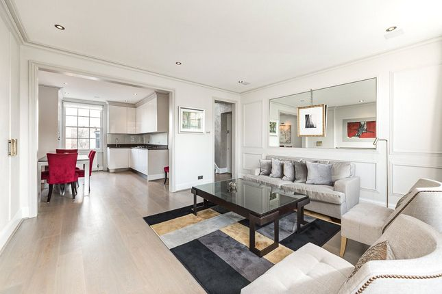 Flat to rent in Brompton Square, Knightsbridge