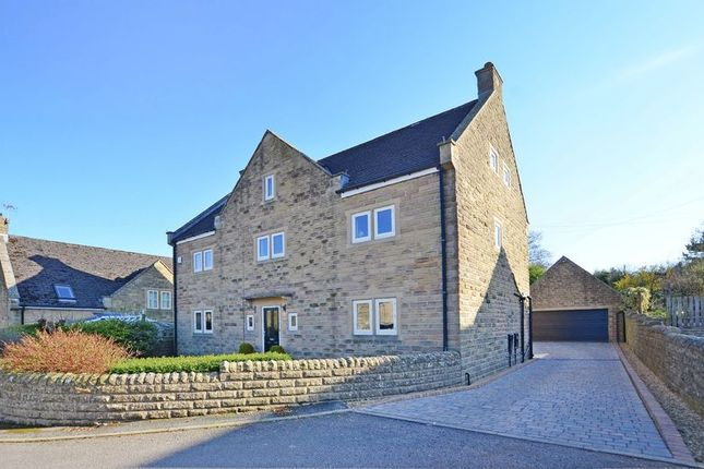 Thumbnail Detached house for sale in Vernon Green, Bakewell
