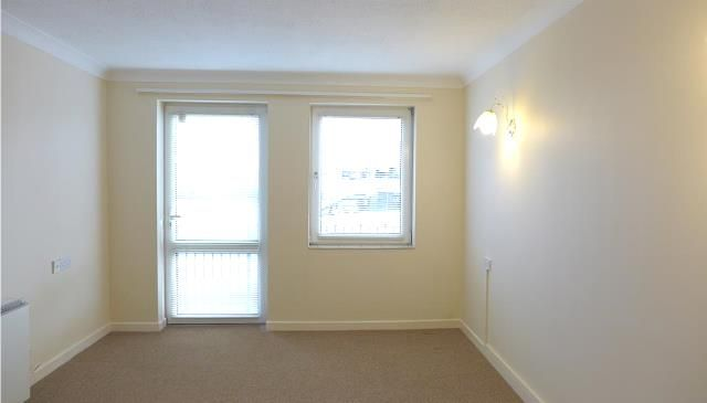 Thumbnail Flat to rent in Homecastle House, Chandos Street, Bridgwater, Somerset